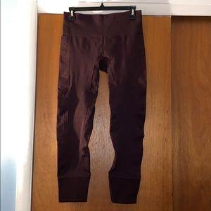 Lululemon plum leggings - size 8 EUC